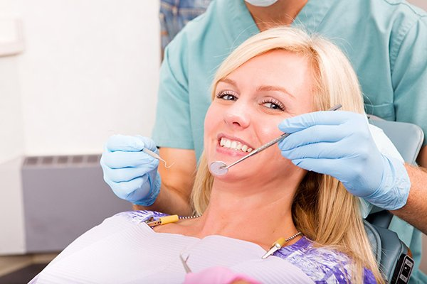 Treatment Options For Teeth Loosened By Gum Disease